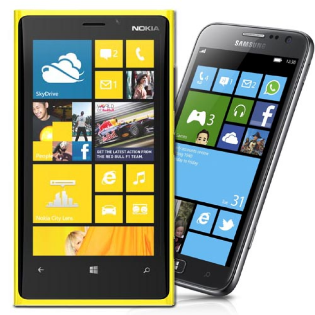 Samsung ATIV S vs Nokia Lumia 920 – Video Comparison